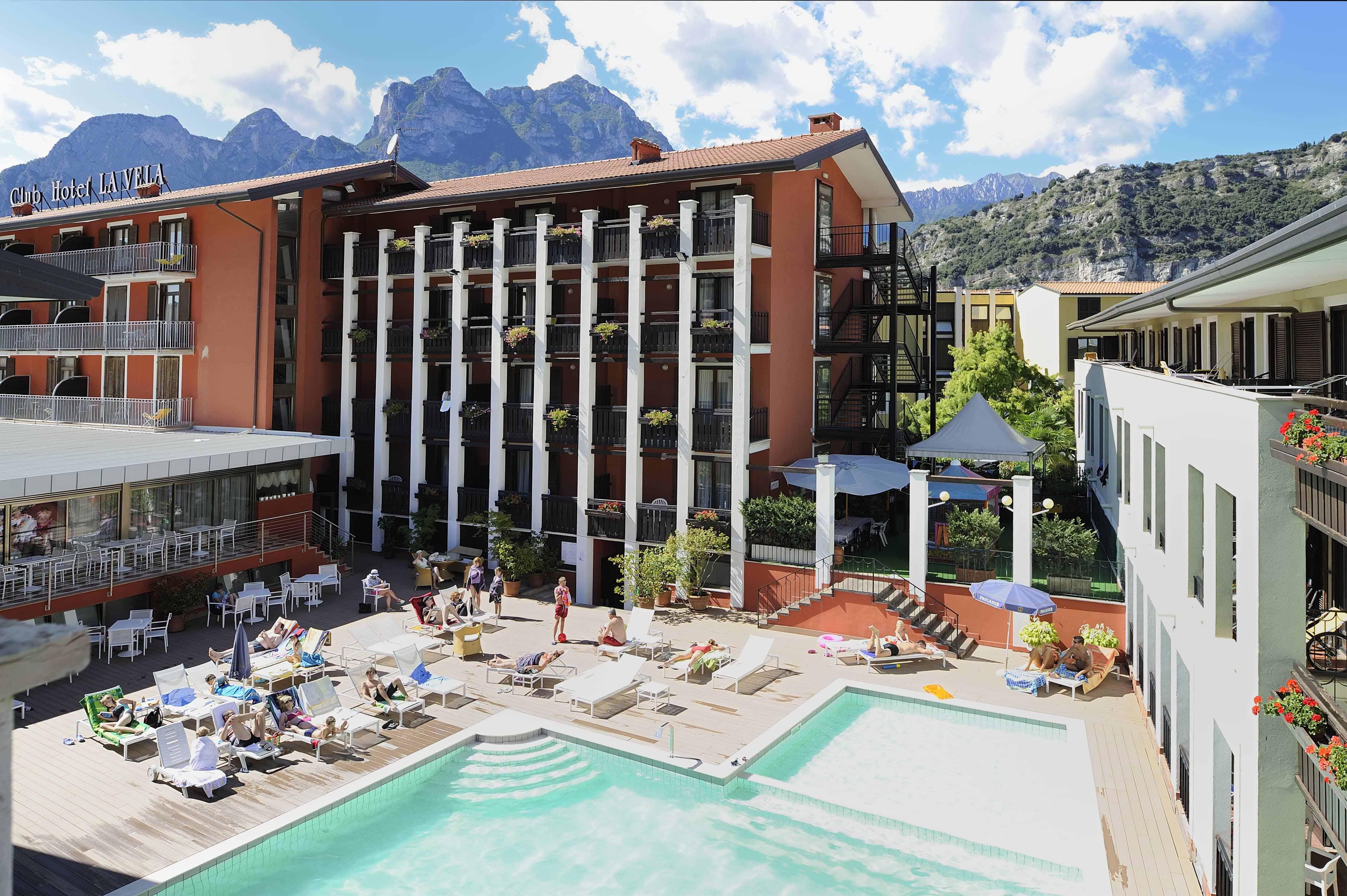 Club Hotel La Vela - Lake Garda