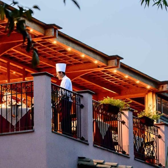 Fortevillage-photogallery-restaurant-bar-belvedere-2560x1000