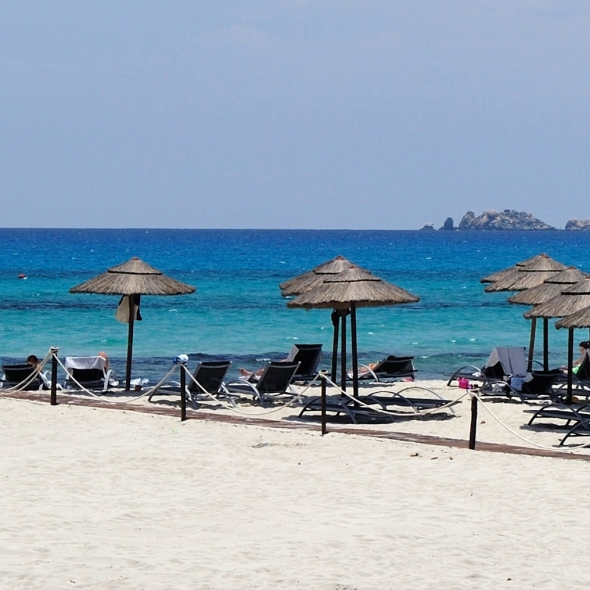 Private beach Timi Ama