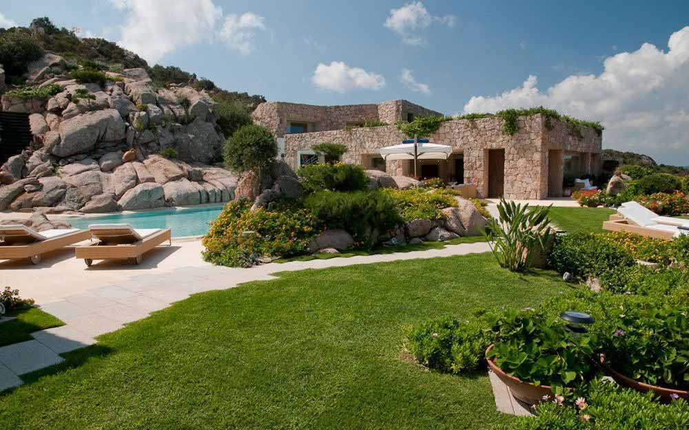 Top 5 Villas in Sardinia: Private pools and total privacy ...