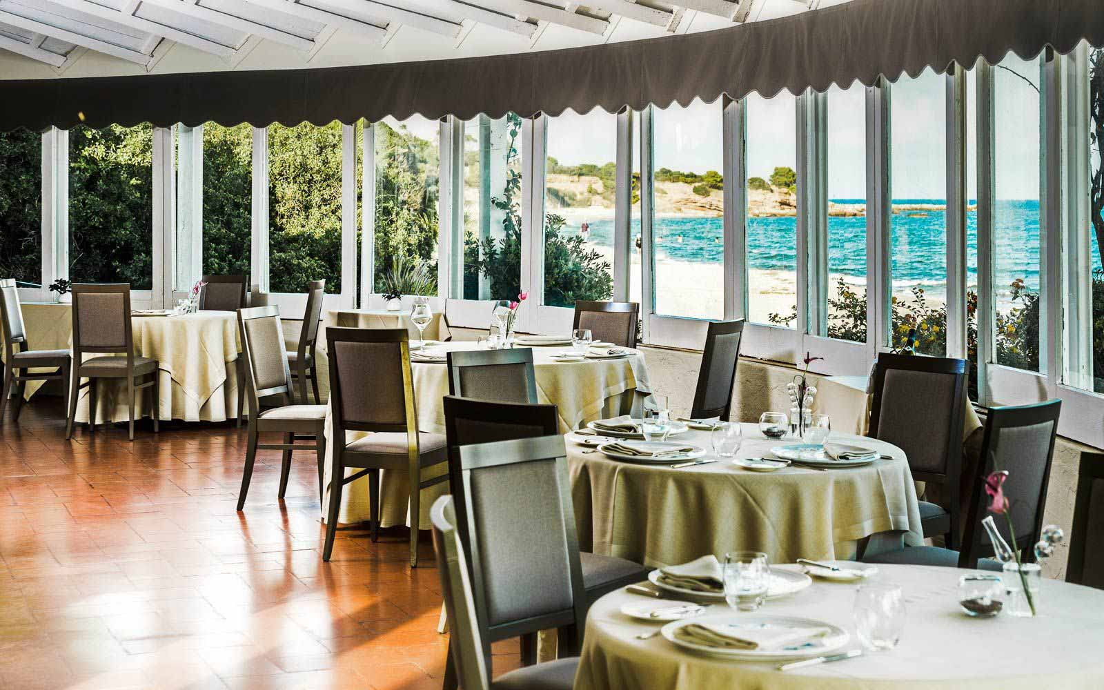 Le Dune Restaurant at Forte Village Resort