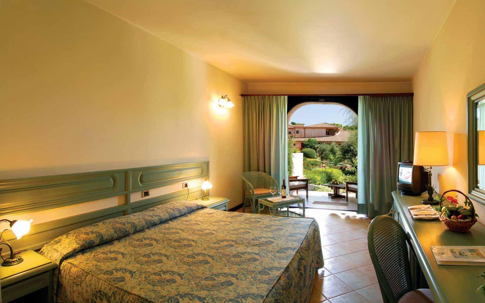 Standard room at Hotel Baia Di Nora