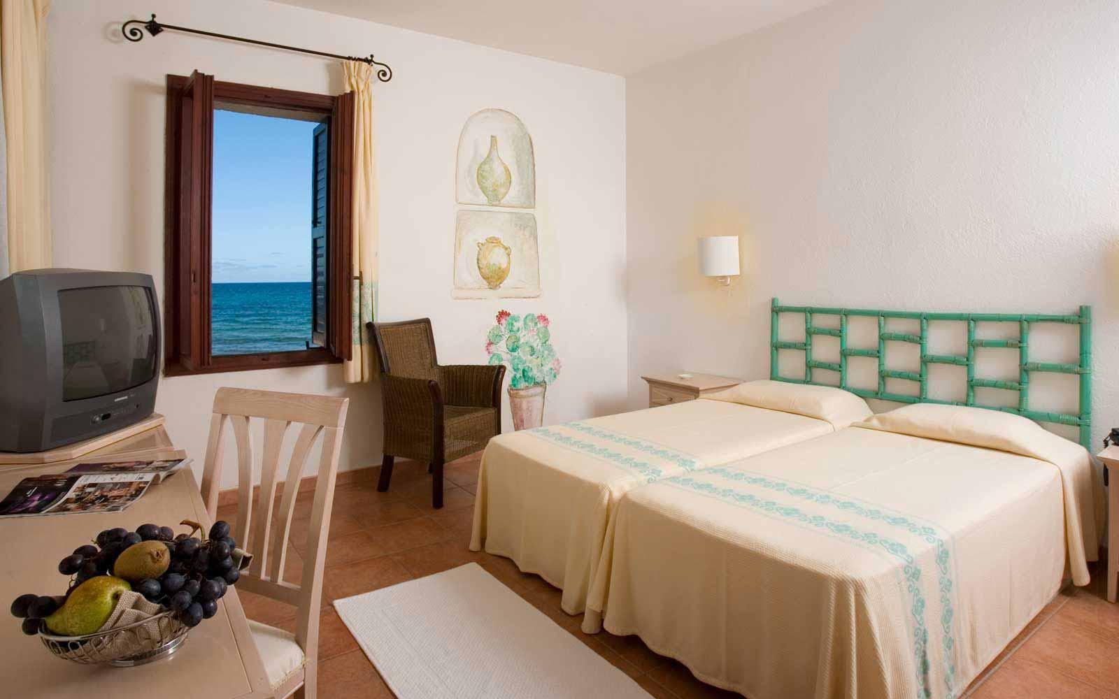 Standard room seaview at Hotel Flamingo