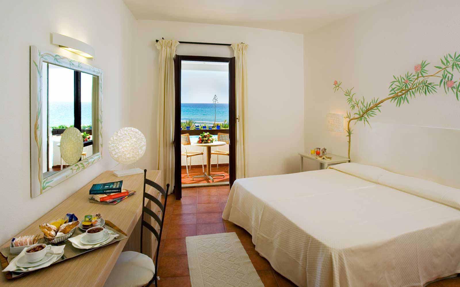 Superior room seaview at Hotel Flamingo