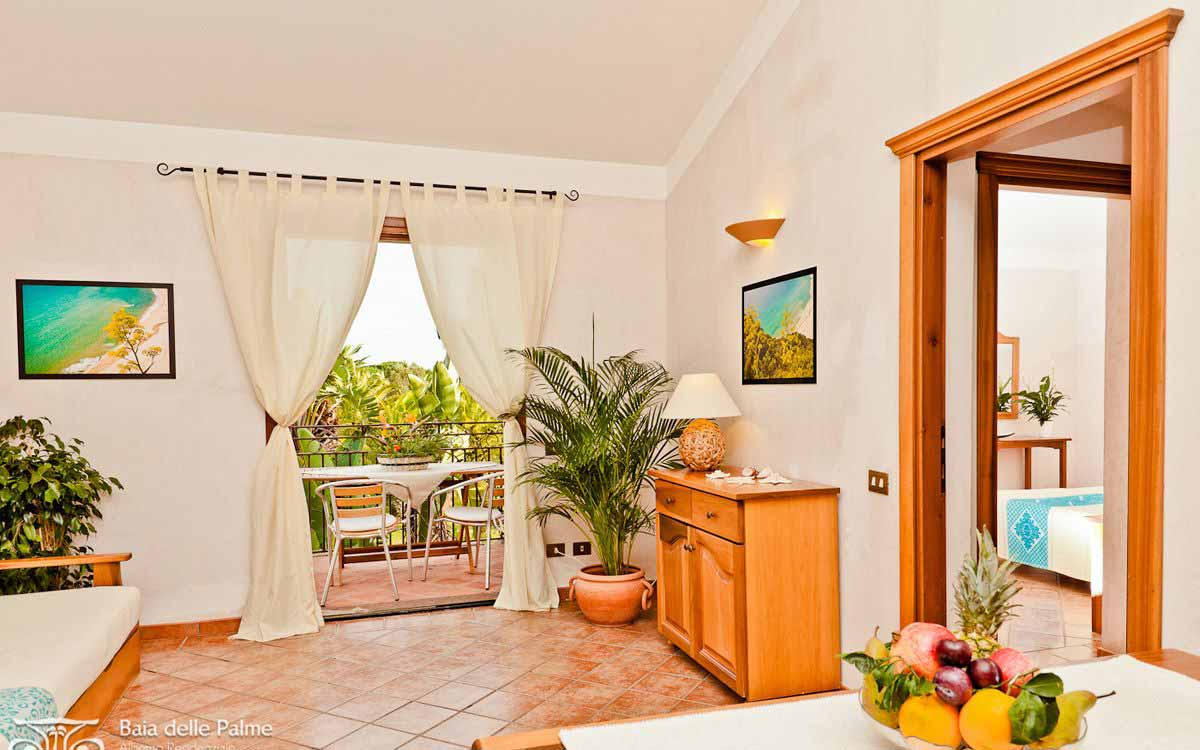Three bedroom flat Strelizie at Residence Baia delle Palme