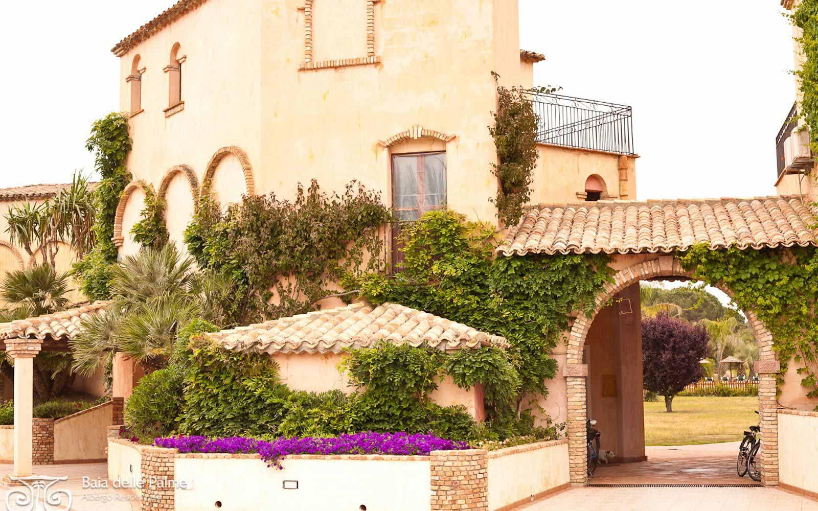 External view at Residence Baia delle Palme