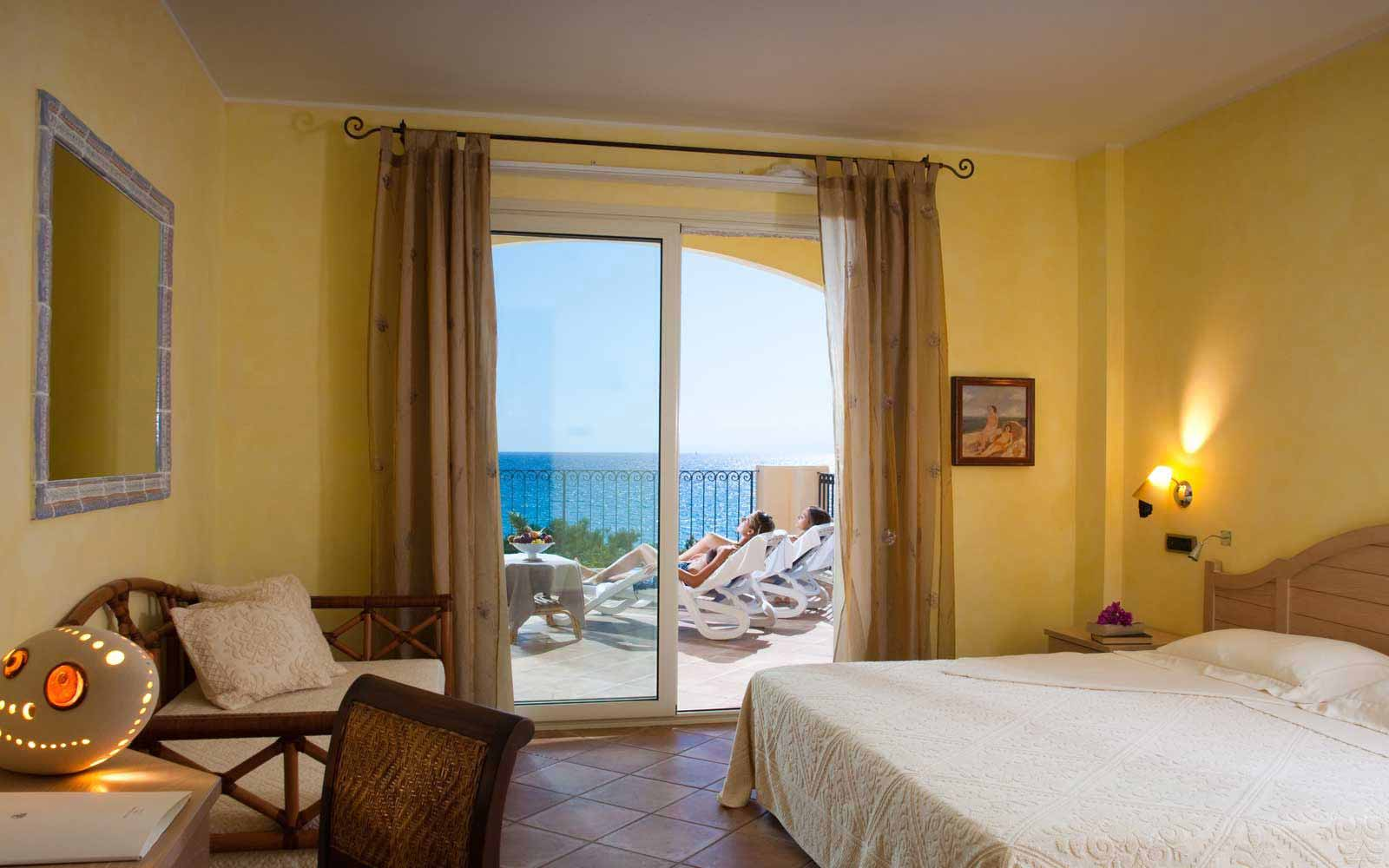Deluxe room with seaview at Hotel Stella Maris