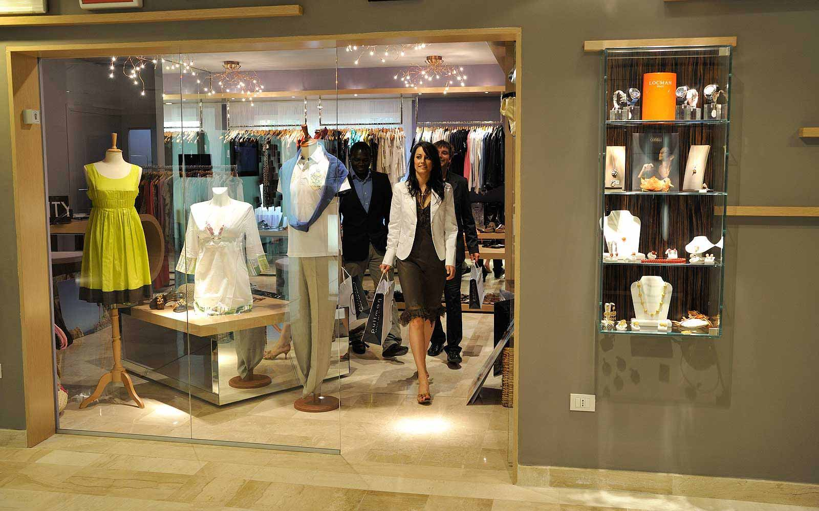 Fashion boutiques at Pullman Timi Ama Sardegna