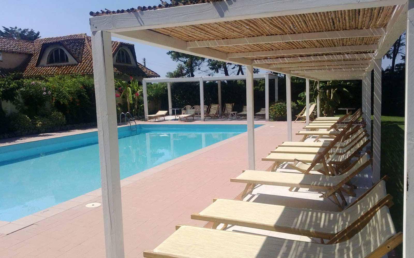 Swimming pool at Is Benas Country Lodge