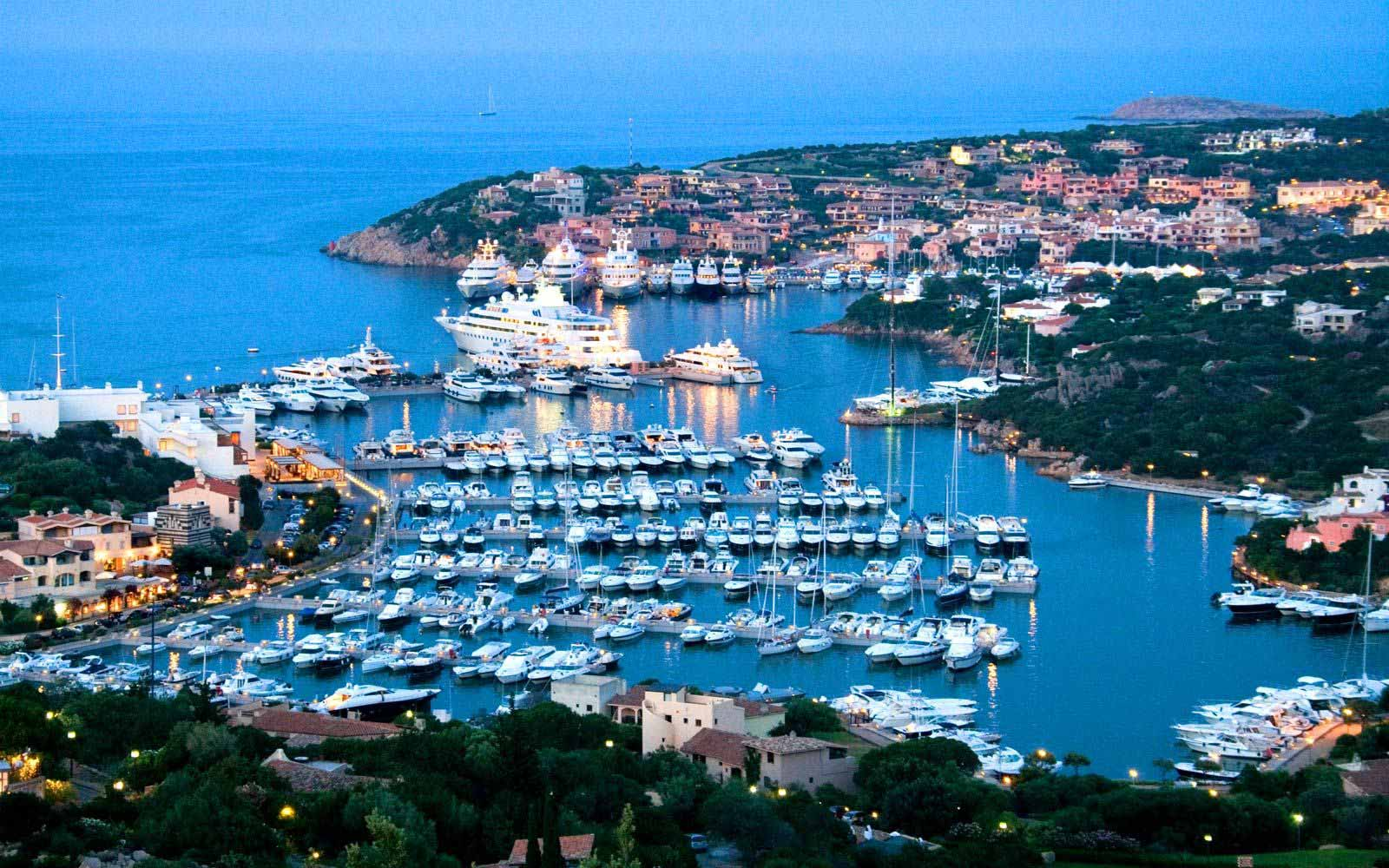 Porto Cervo at night