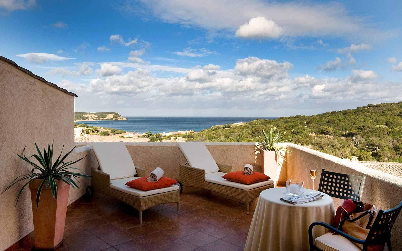 Deluxe Room private terrace at Colonna Pevero Hotel