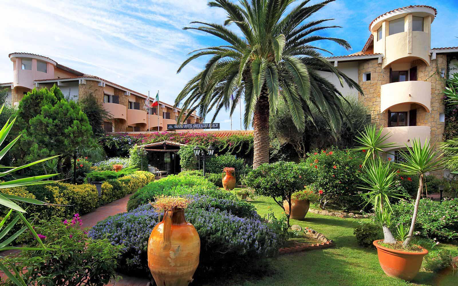 Gardens at Grand Hotel Smeraldo Beach