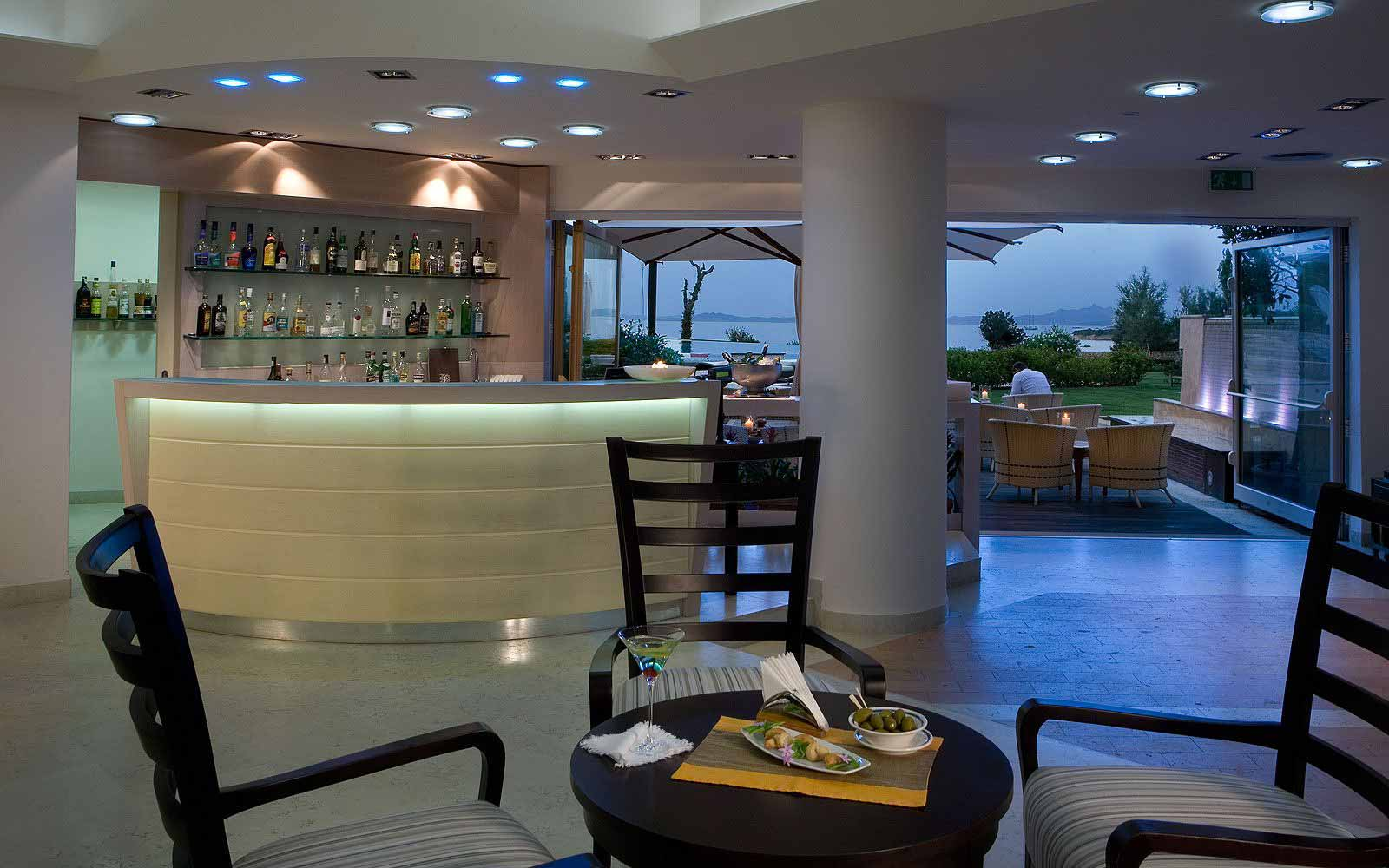 Bar at L'Ea Bianca Luxury Resort