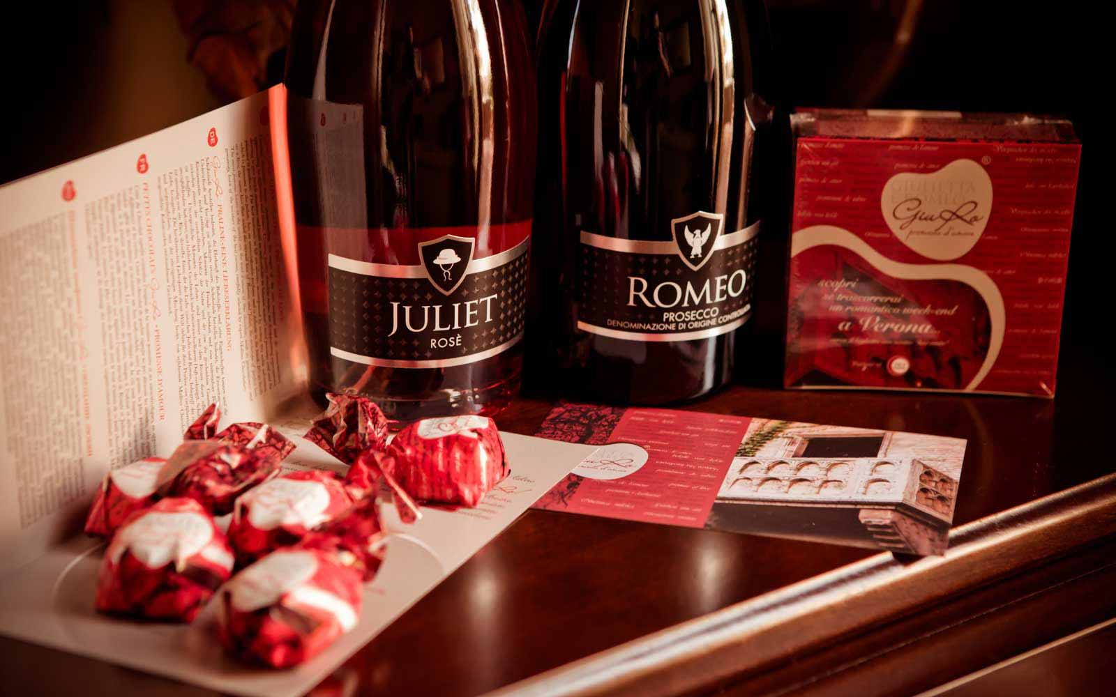 Champagne in the room at Hotel Giulietta & Romeo