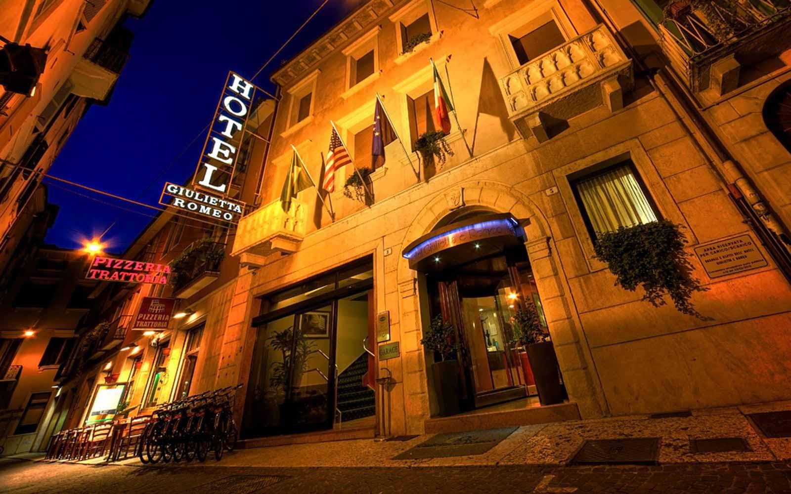 Exterior view of Hotel Giulietta & Romeo