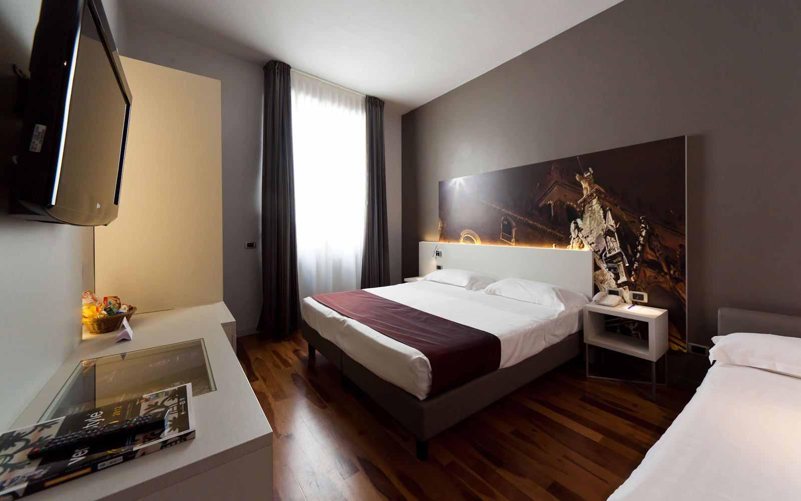 Triple room at Hotel Giulietta & Romeo