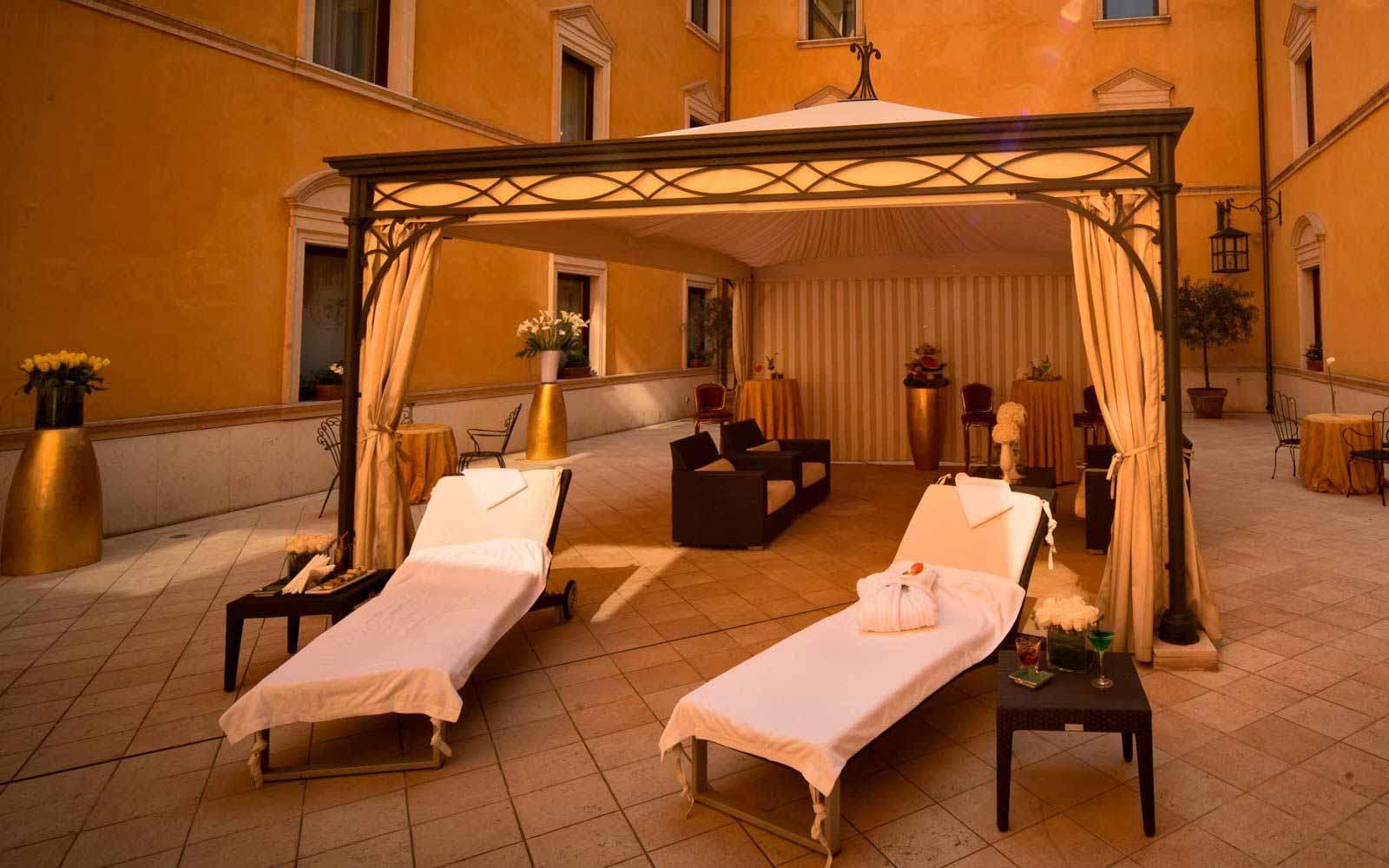 Winter garden at Due Torri Hotel