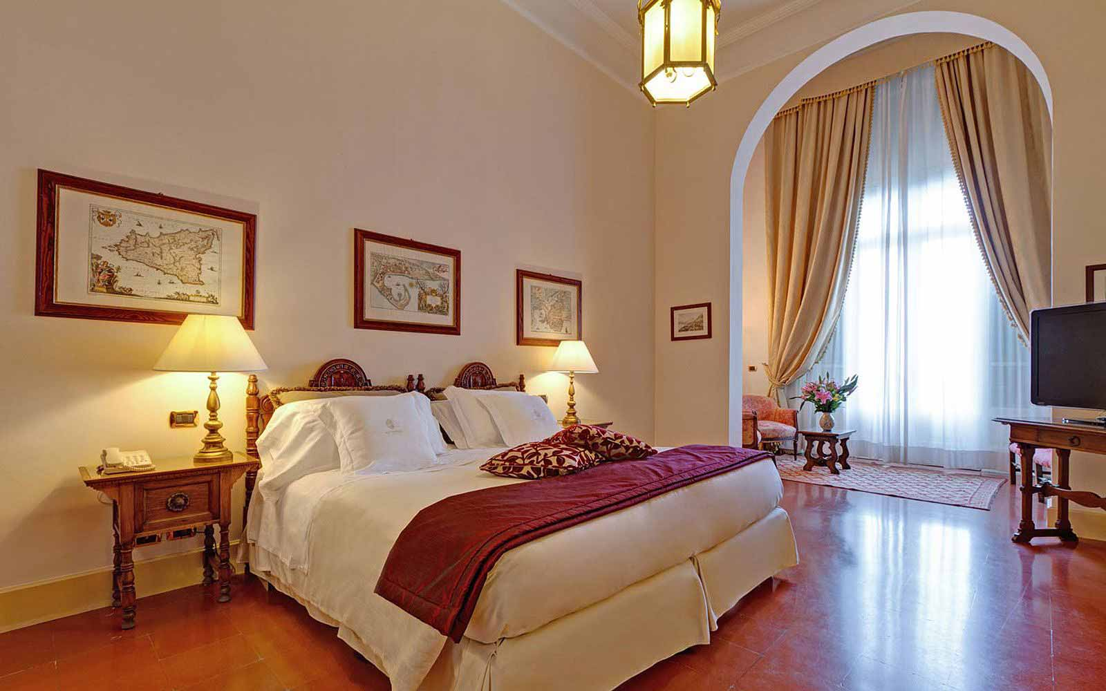 Junior suite at San Domenico Palace Hotel