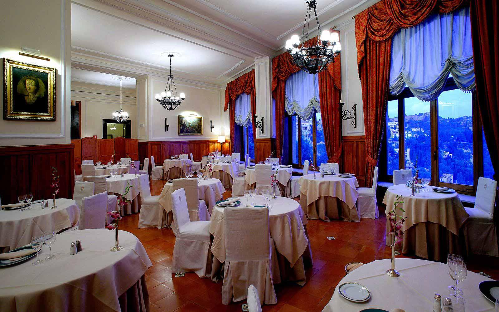 'Antico Refettorio' restaurant at the San Domenico Palace Hotel