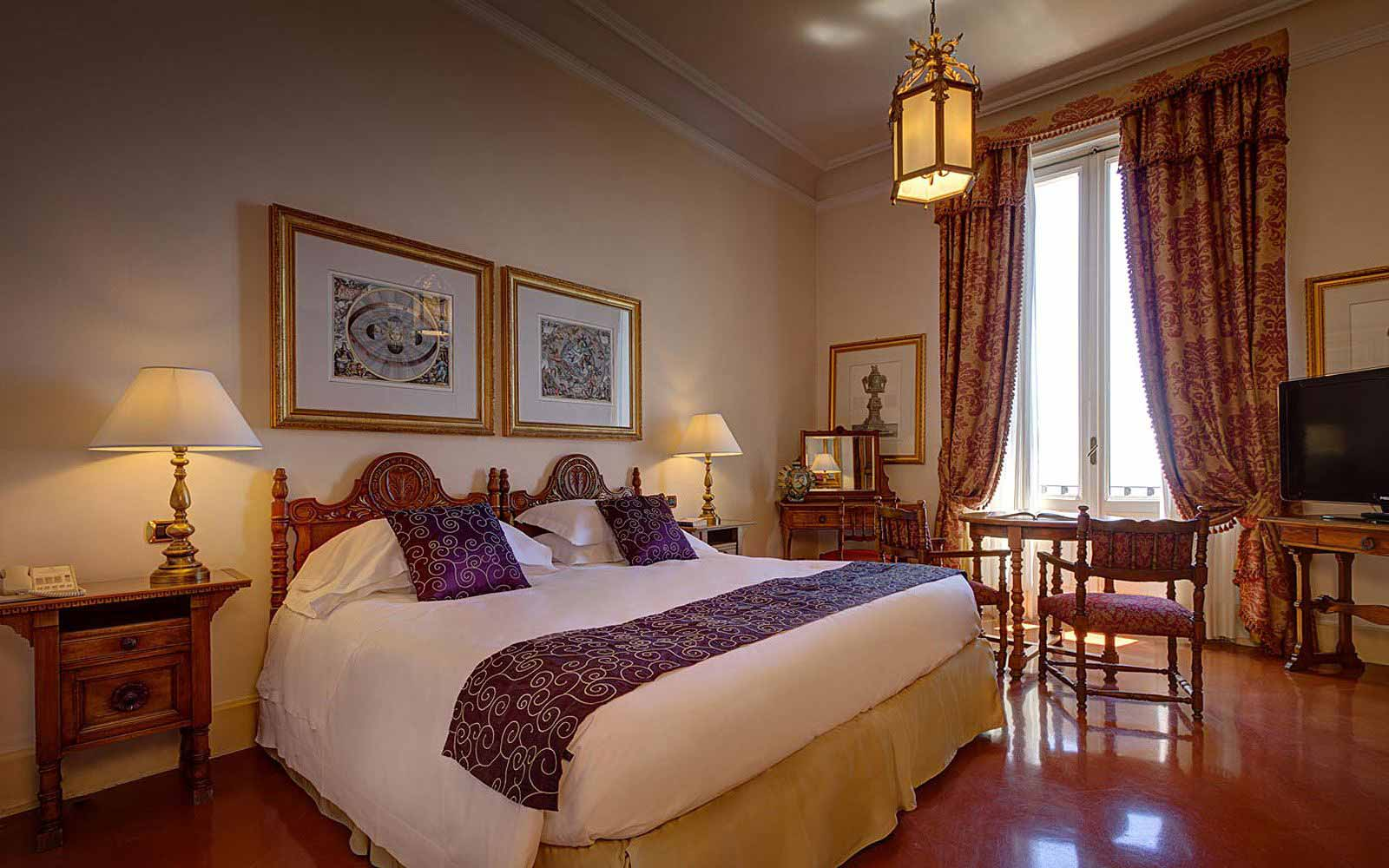 Deluxe room at San Domenico Palace Hotel