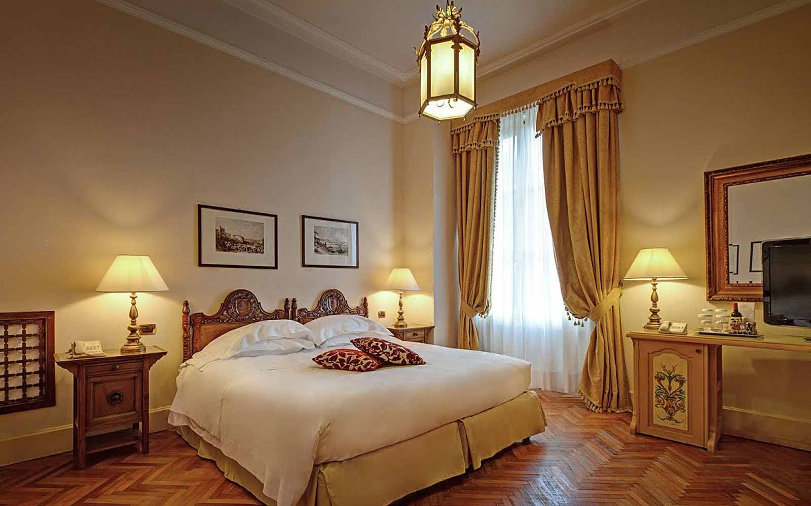 Classic room at San Domenico Palace Hotel
