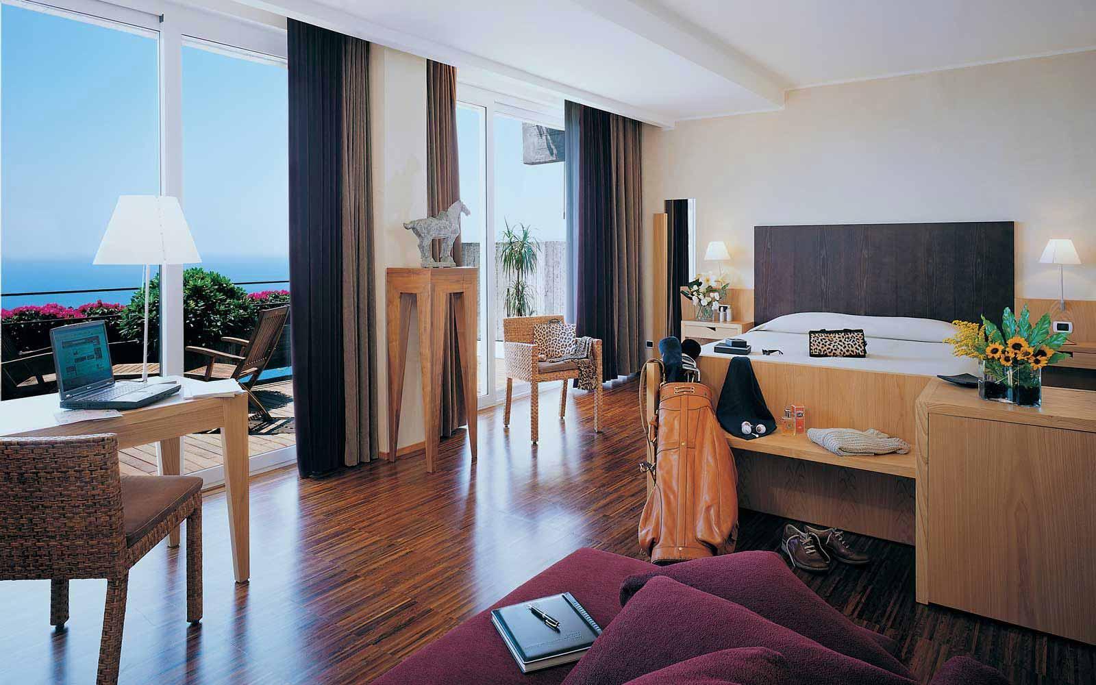 Junior suite at Hotel Monte Tauro
