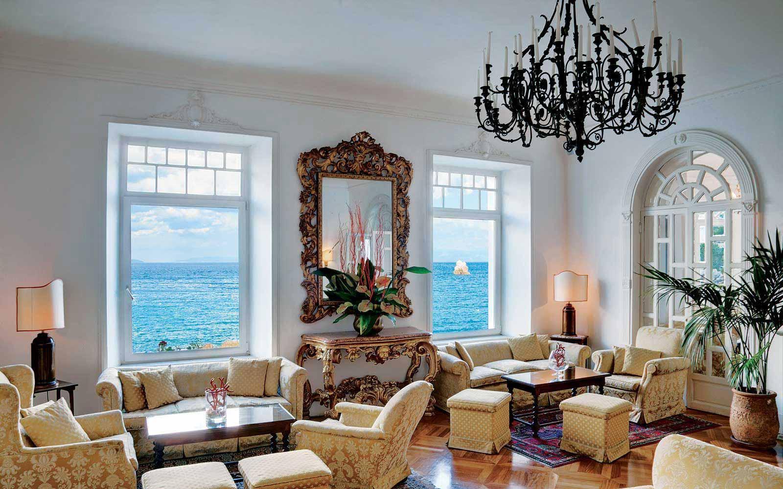 Lounge at the Belmond Villa Sant' Andrea