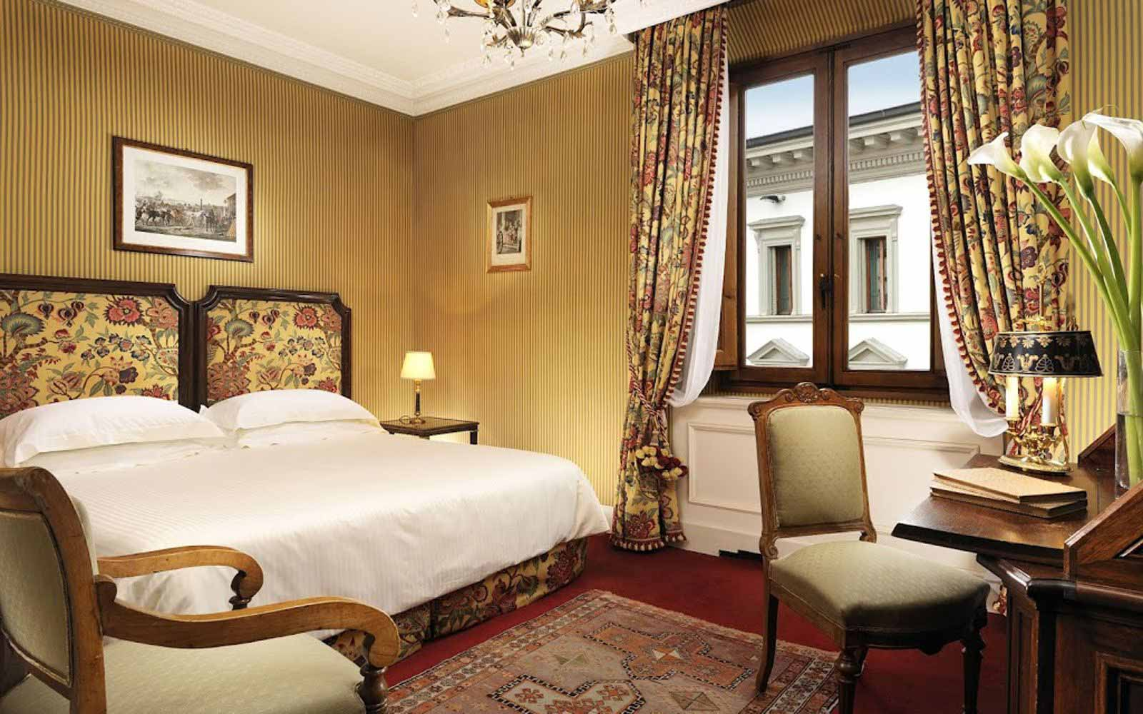 Executive double room at Hotel Helvetia & Bristol
