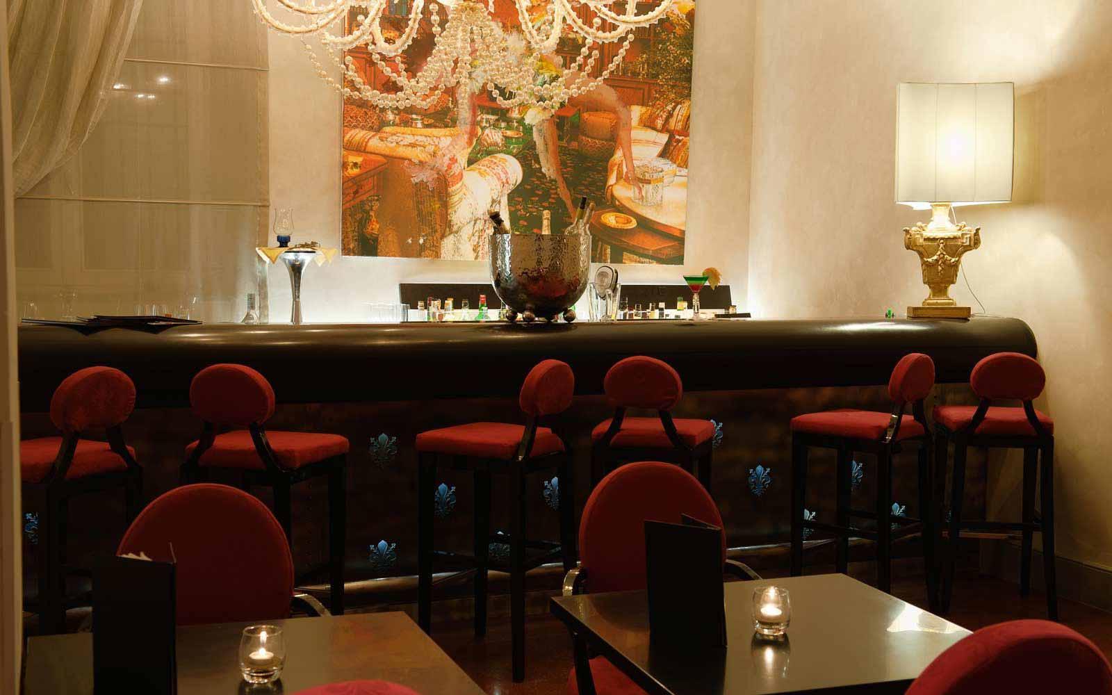 Tower bar at Hotel Brunelleschi