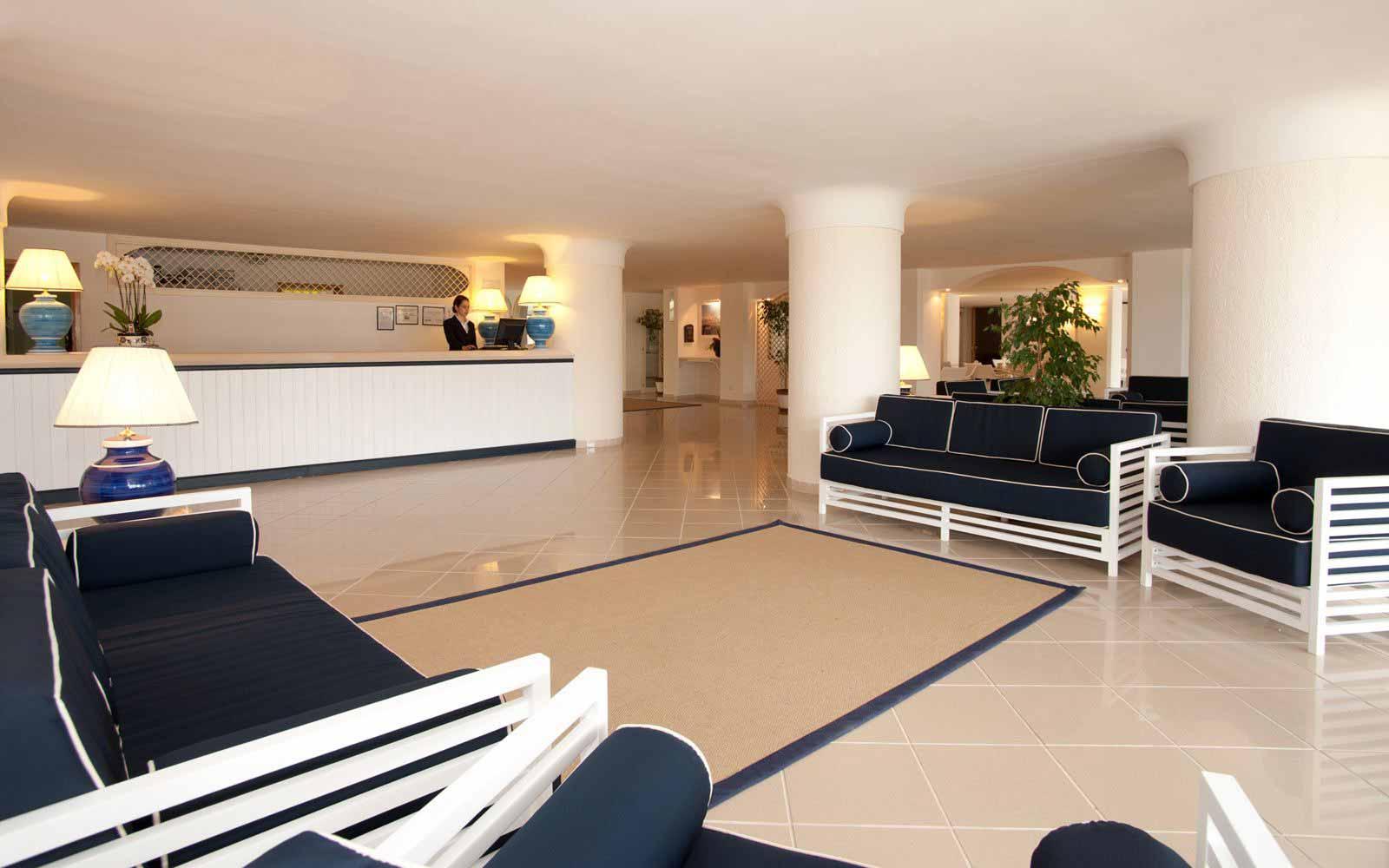 Reception at Hotel Del Levante
