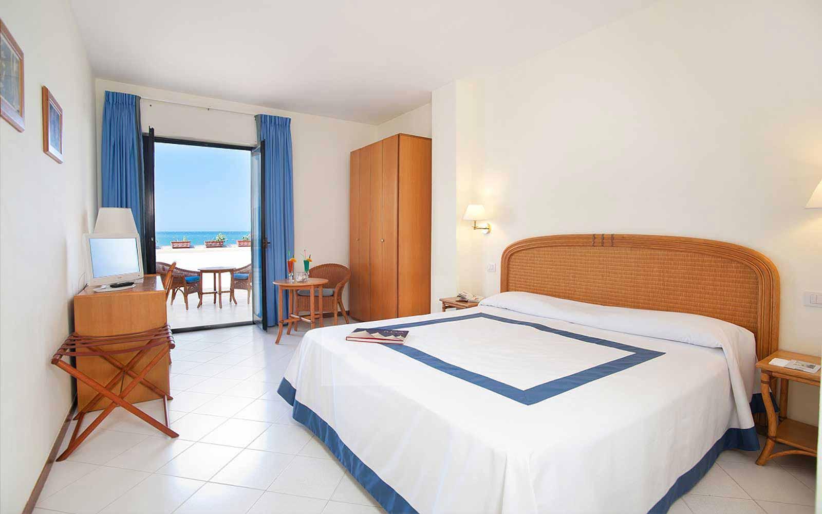 Standard room at Hotel Del Levante