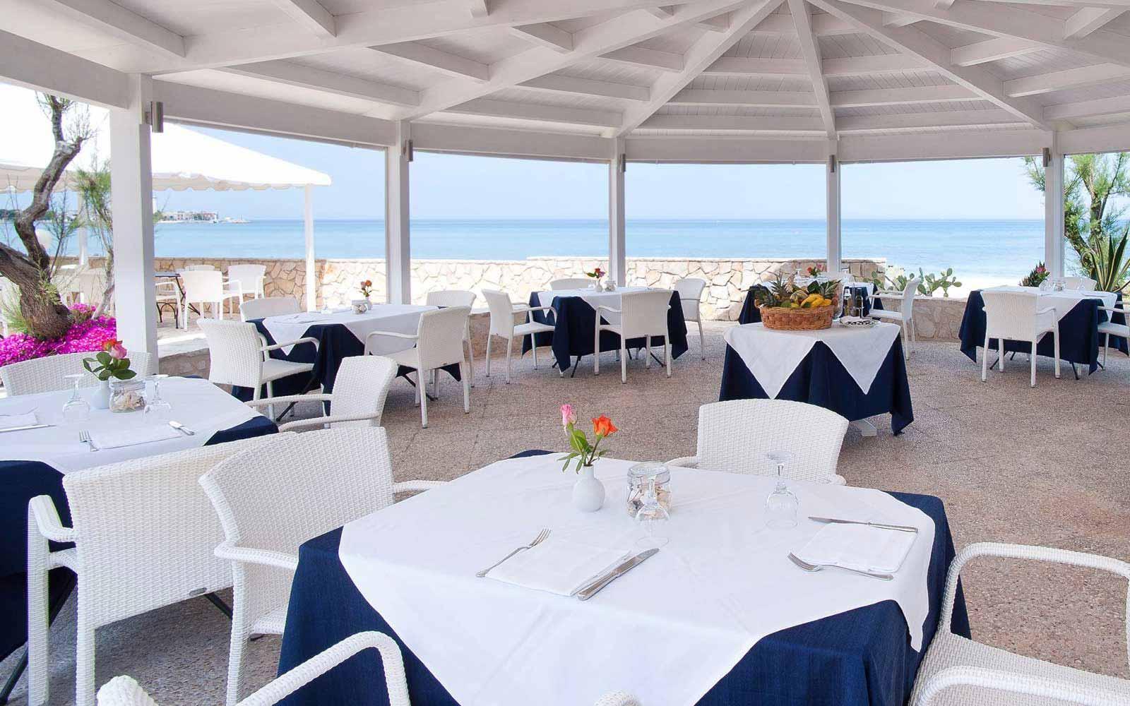 Il Cabano sul Mare restaurant at Hotel Del Levante