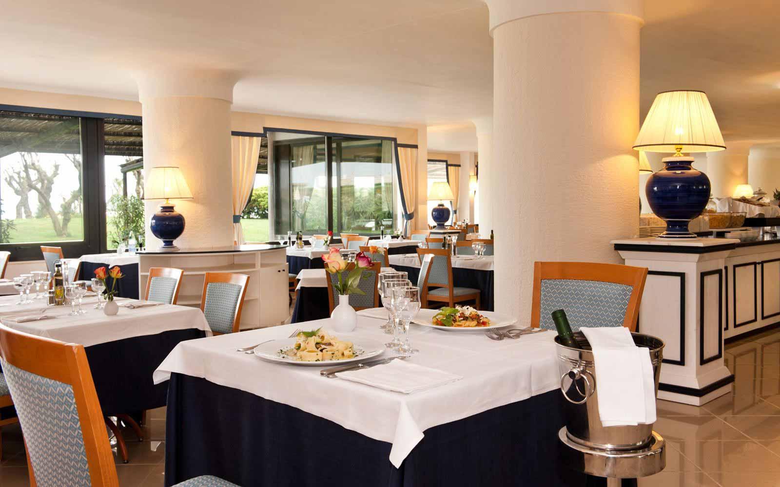 Restaurant at Hotel Del Levante