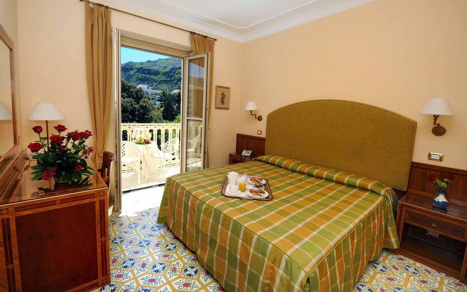 Comfort room at Hotel Antiche Mura