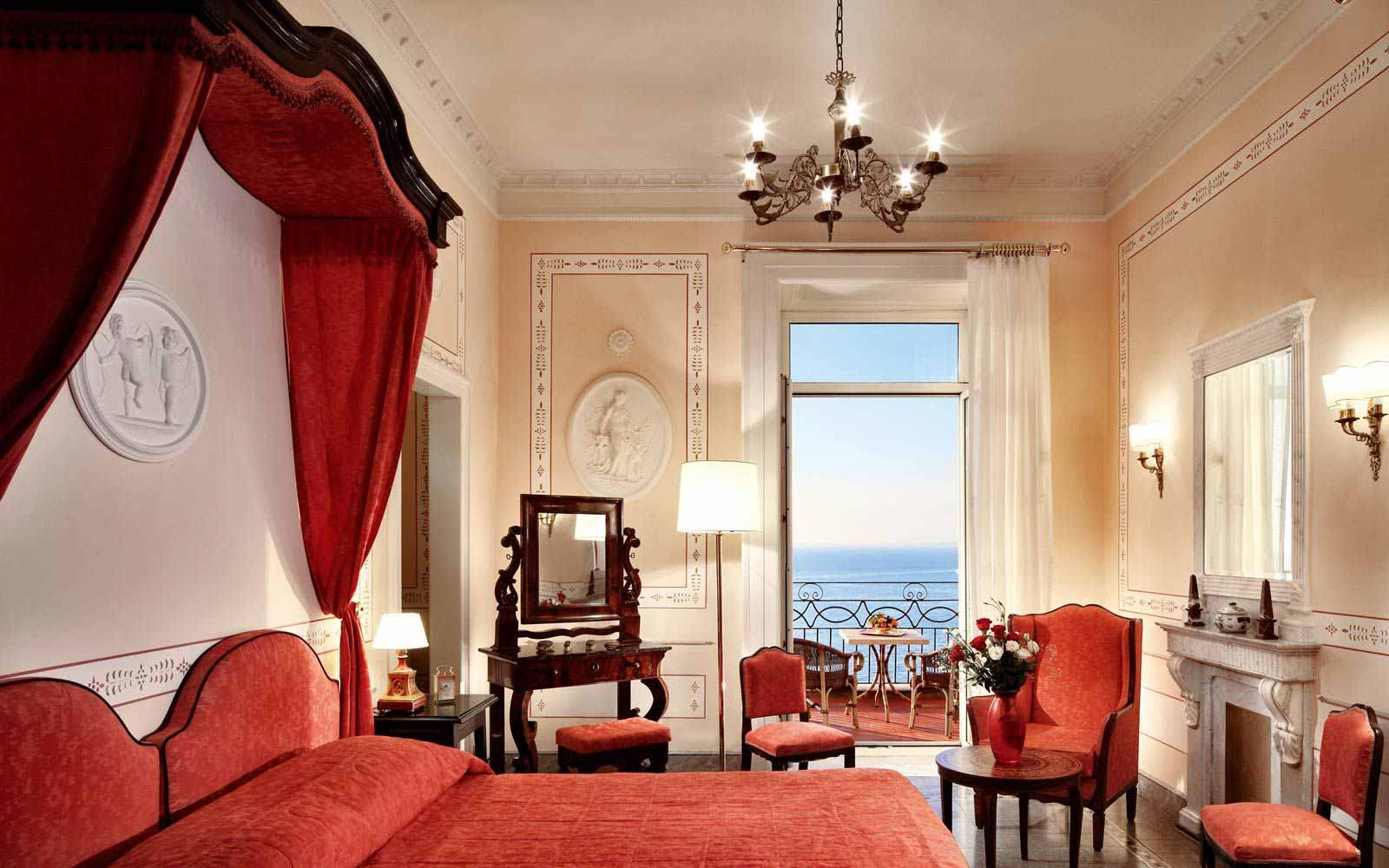 Junior Suite at the Grand Hotel Excelsior Vittoria