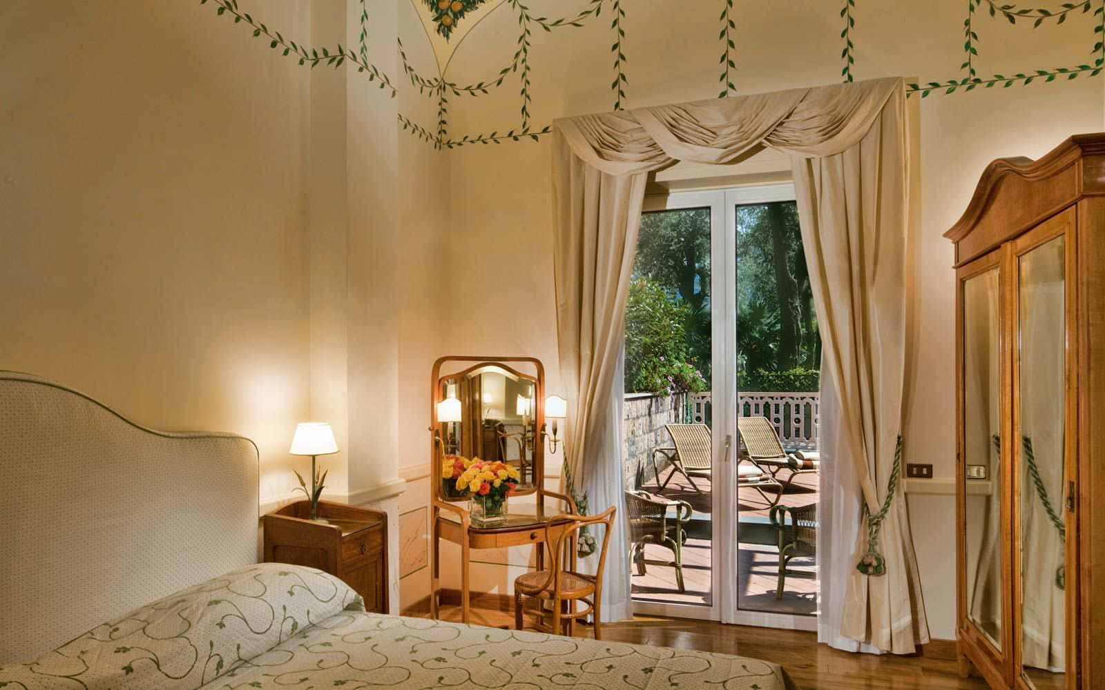 Suite Aranci at the Grand Hotel Excelsior Vittoria