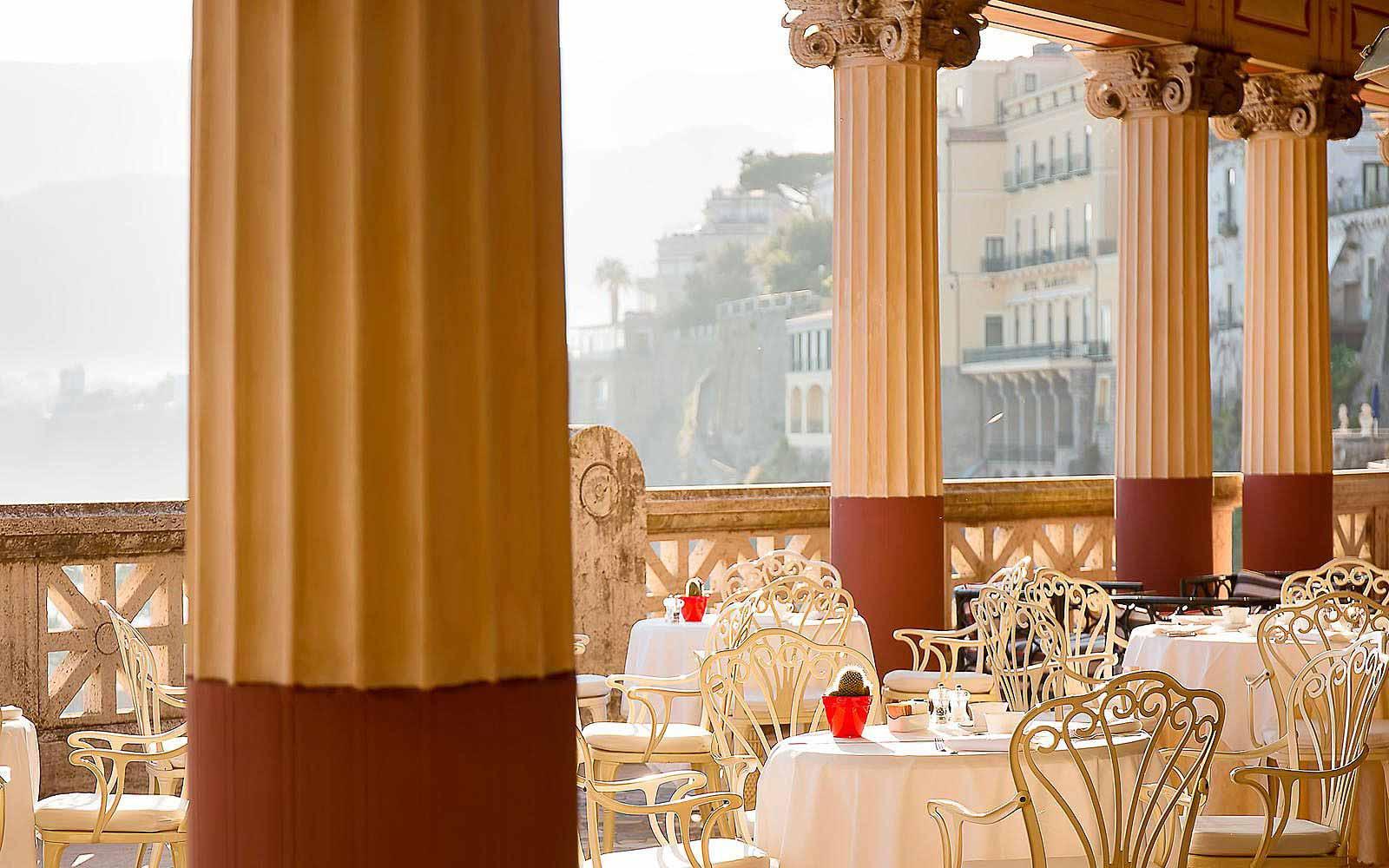 Villa Pompeiana Restaurant at Hotel Bellevue Syrene