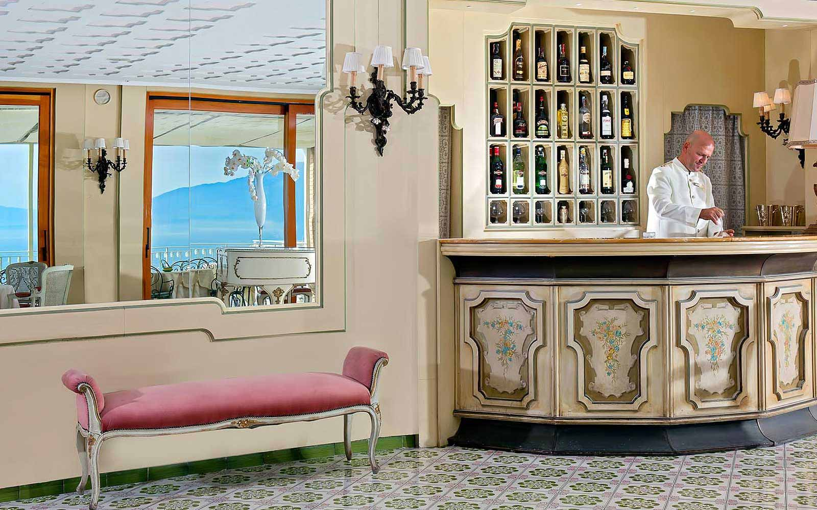 Bar at Hotel Belair