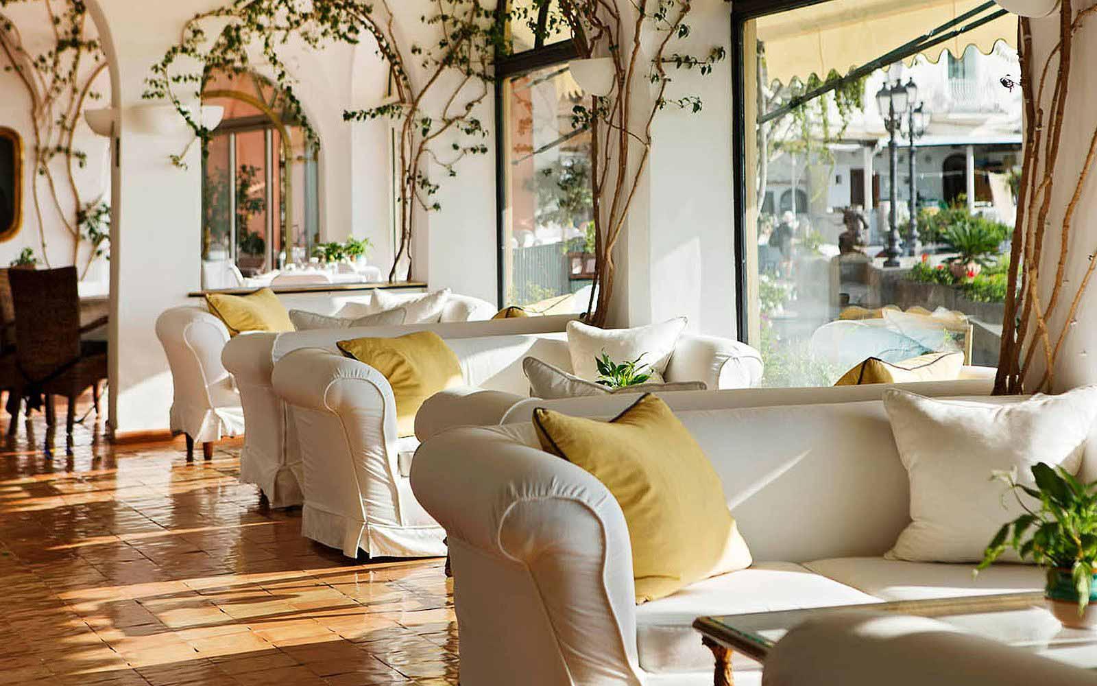 Lounge at Covo Dei Saraceni