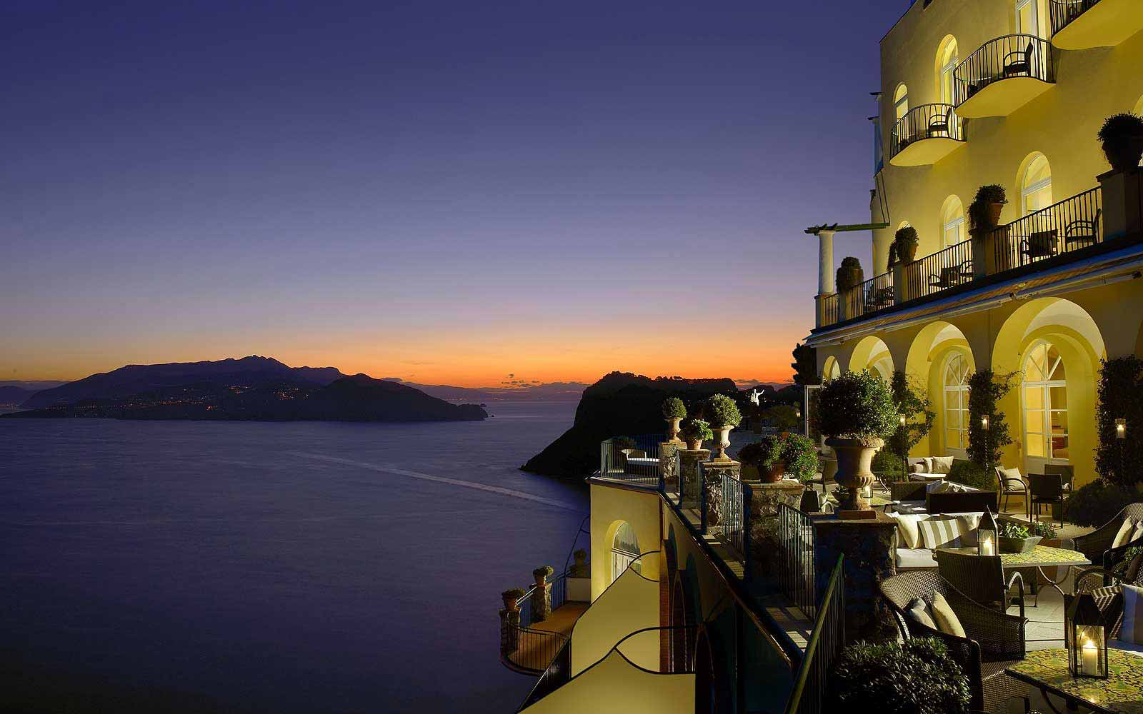 Hotel Caesar Augustus' terrace at night