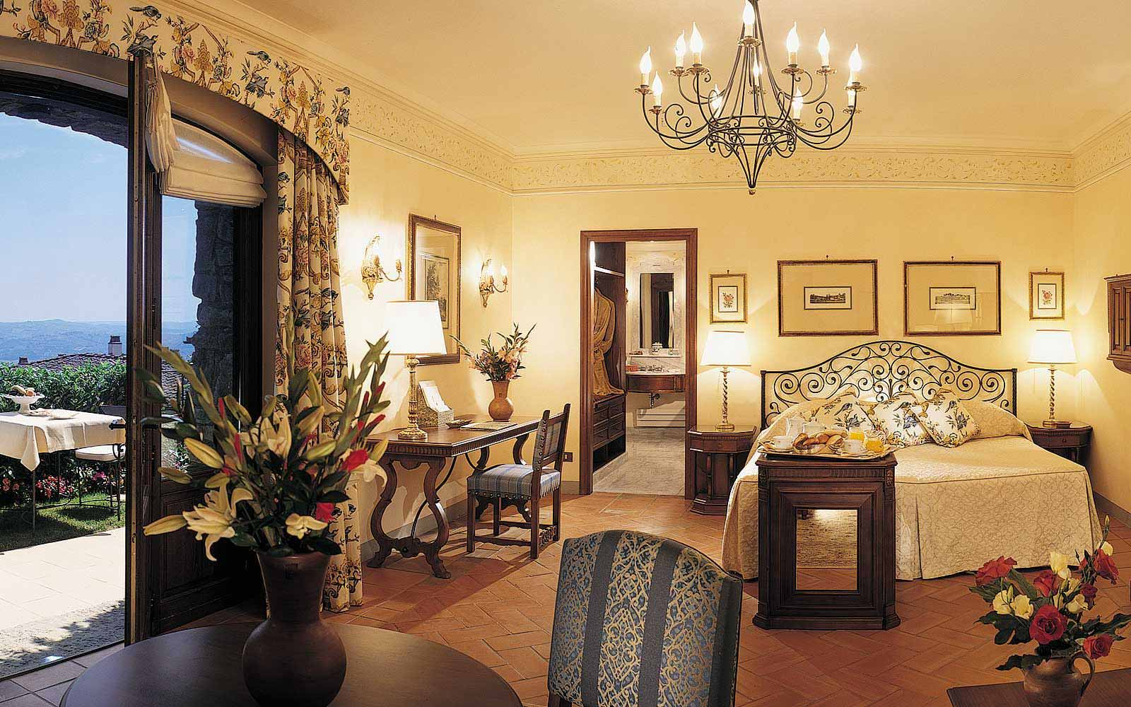 Executive Junior Suite at Belmond Villa San Michele
