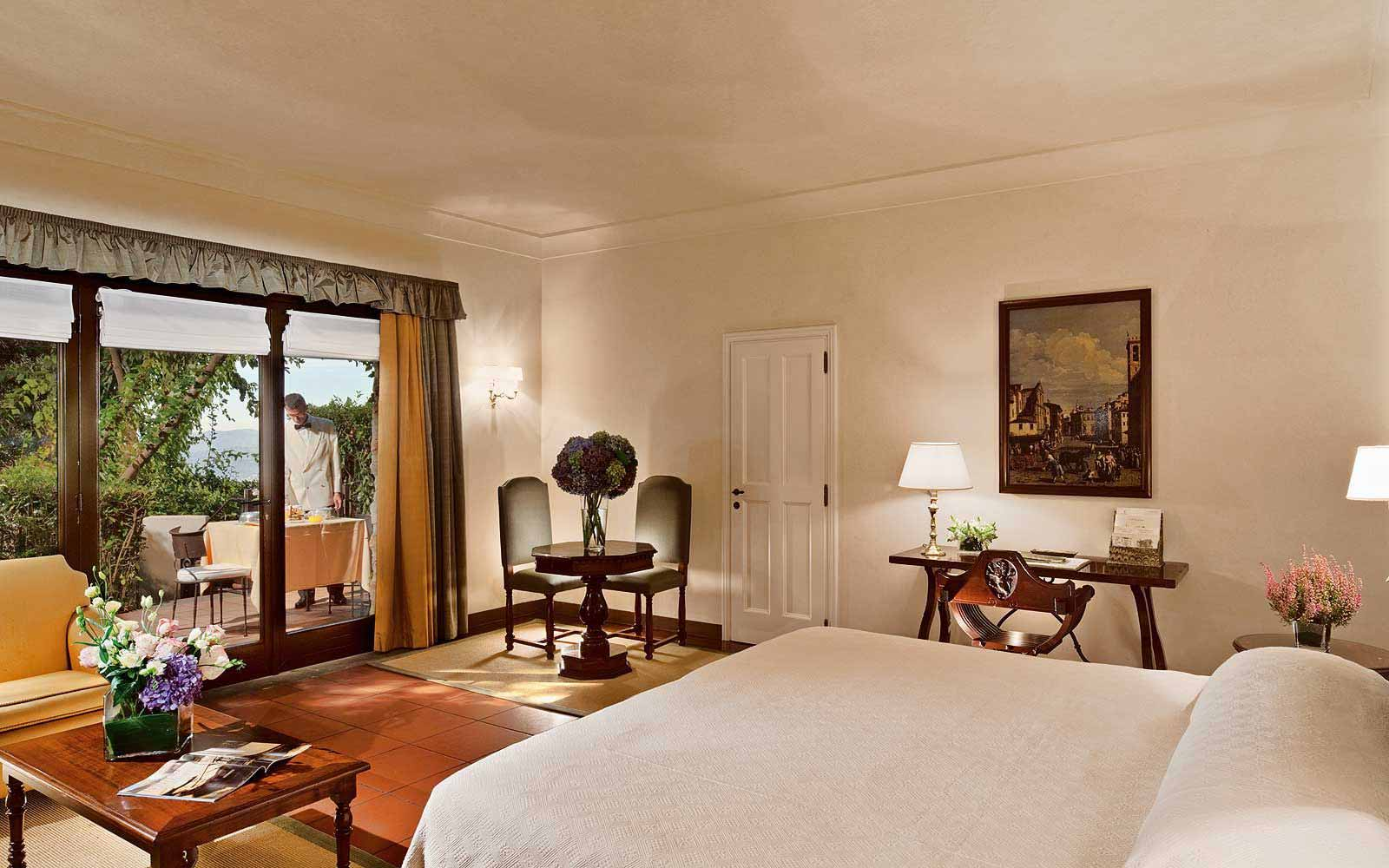 Deluxe Junior Suite at Belmond Villa San Michele