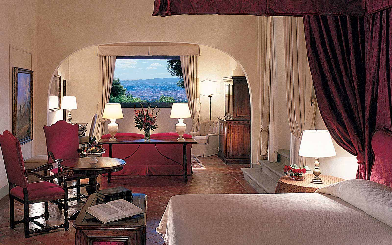 Michelangelo Suite at Belmond Villa San Michele