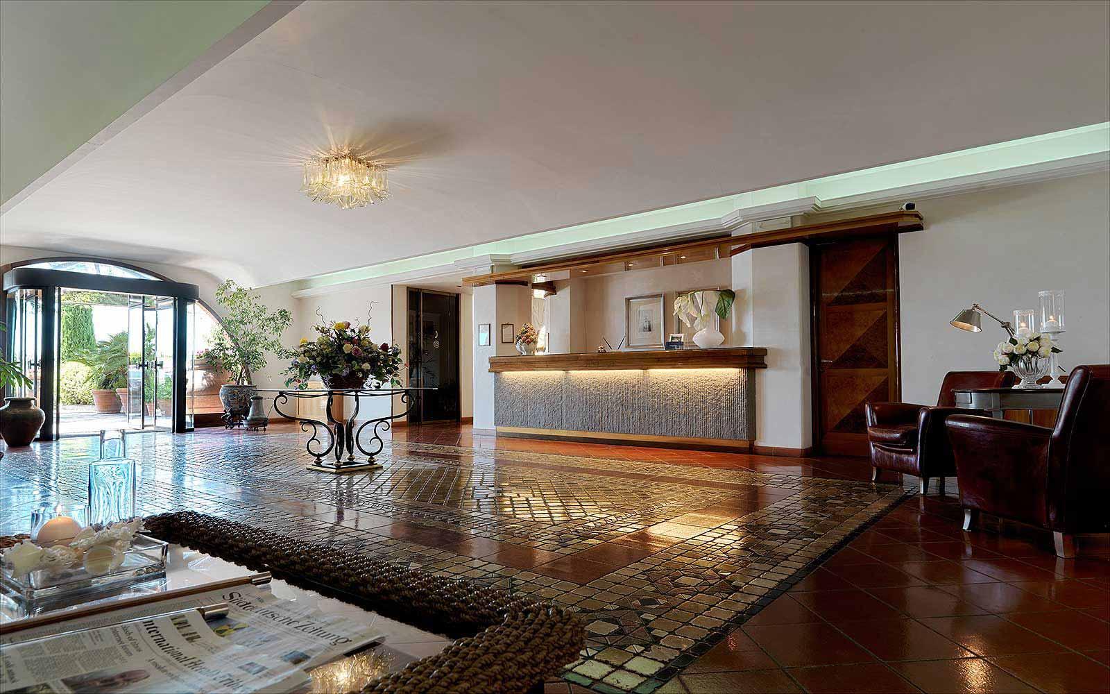 Lobby at Relais Santa Chiara