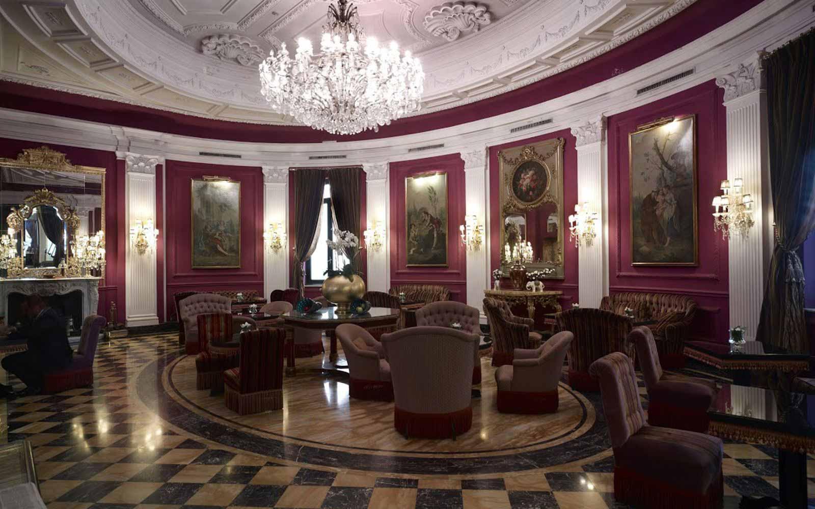 Cafe Baglioni at Regina Hotel Baglioni