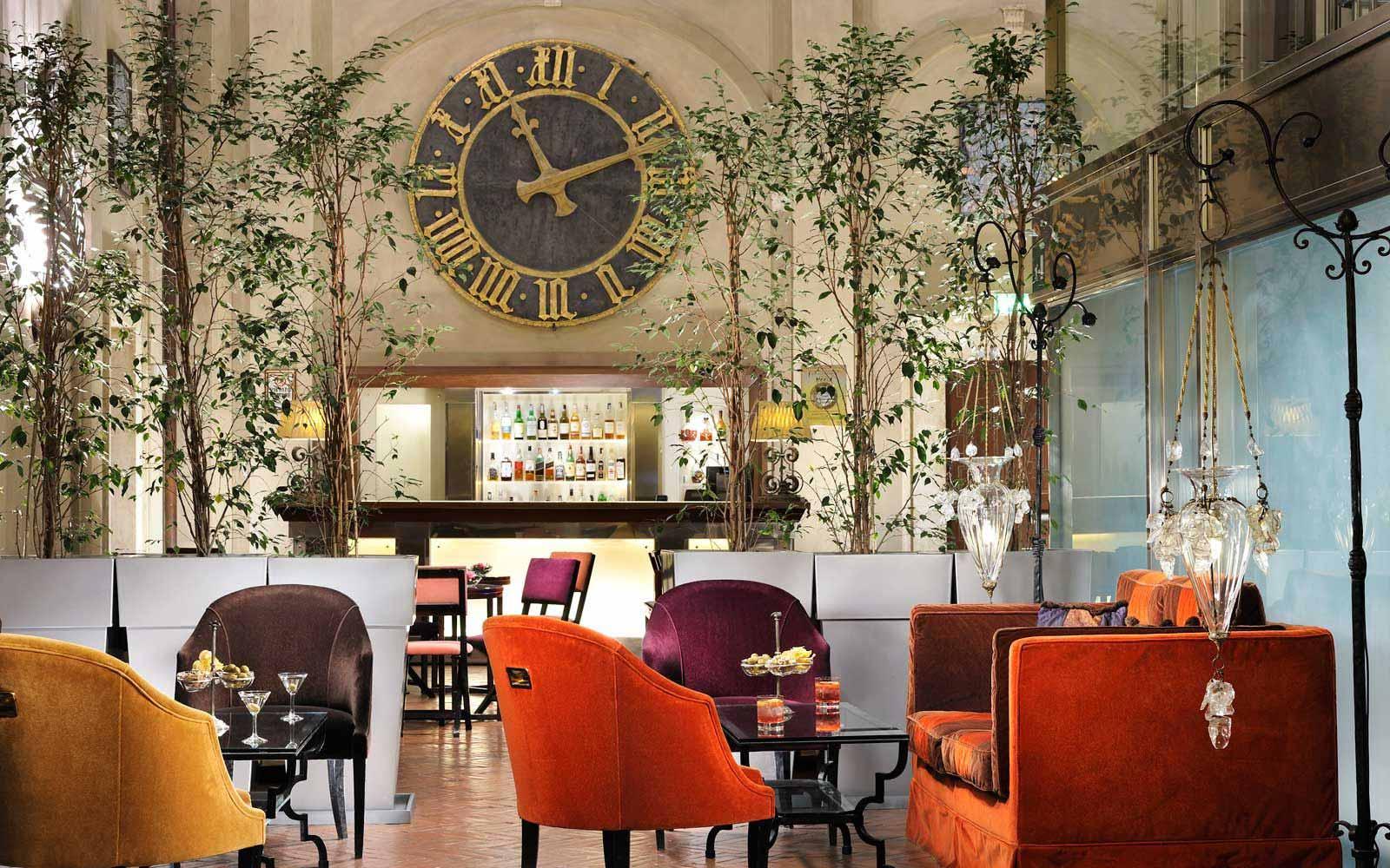 Bar at the Grand Hotel Continental