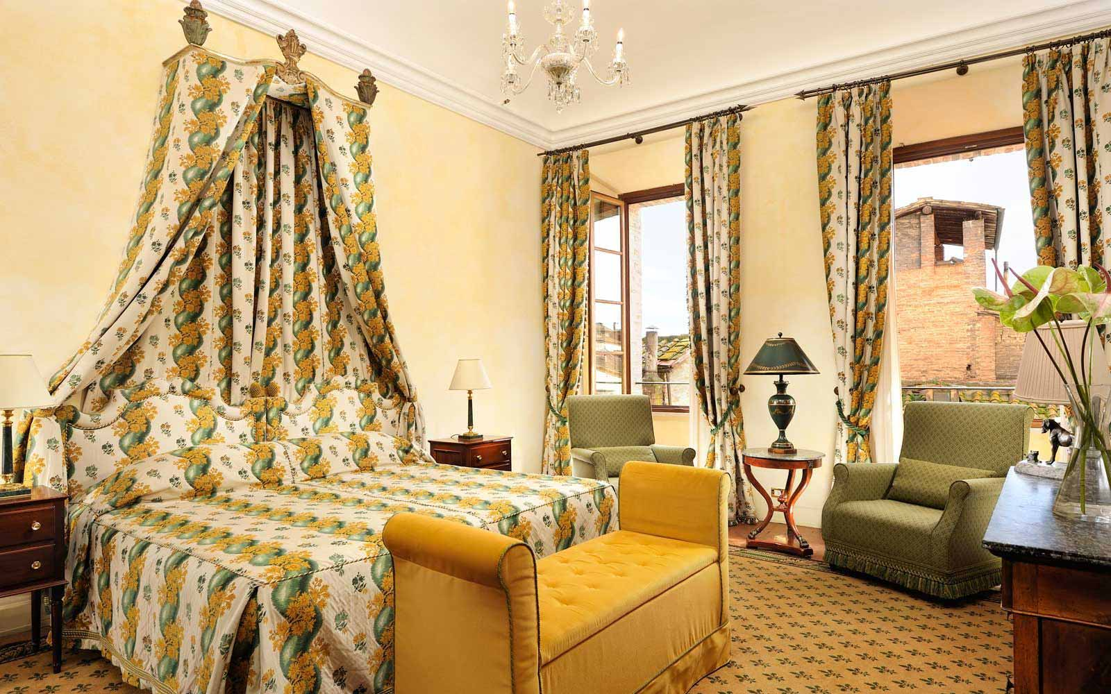 Deluxe Suite at the Grand Hotel Continental