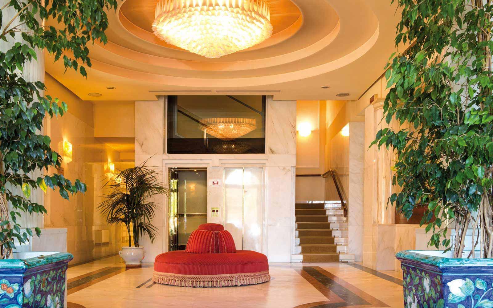 Reception at the Hotel Plaza e de Russie
