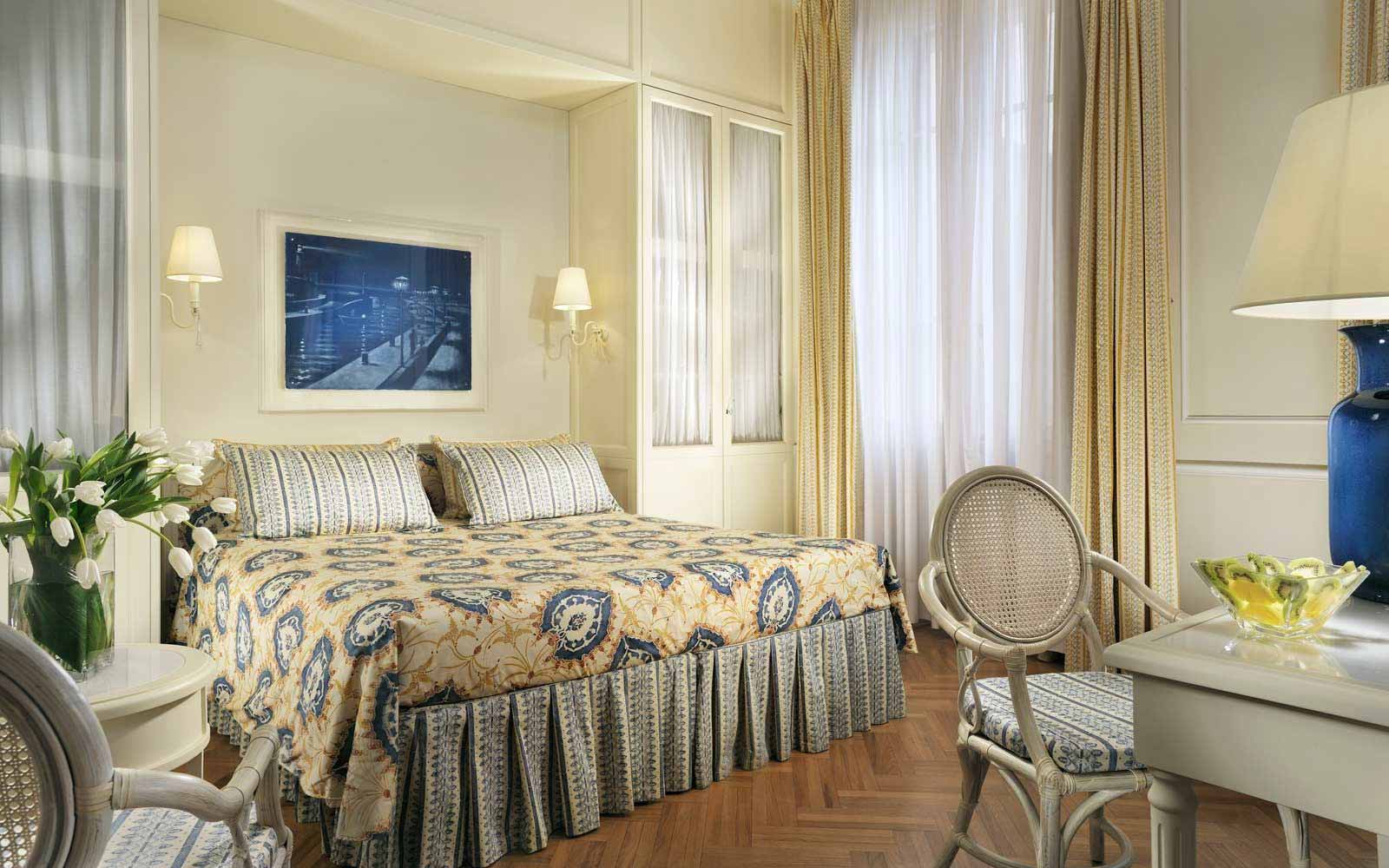Classic room hillside view at Grand Hotel Principe di Piemonte