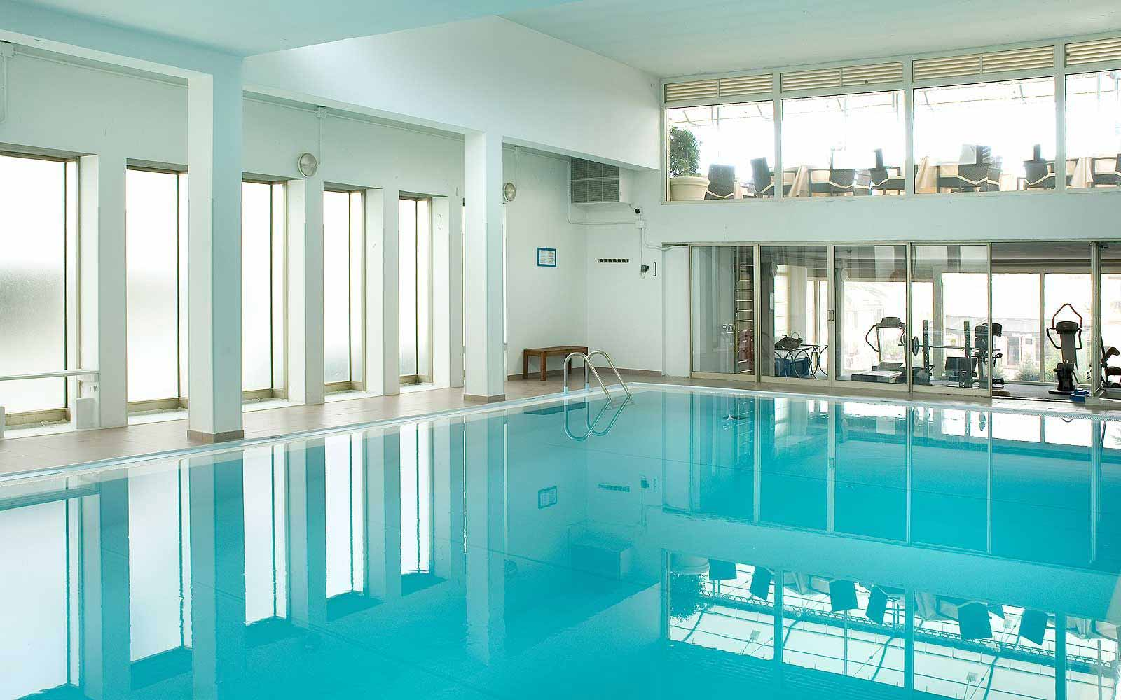 Indoor swimming pool at Hotel Astor